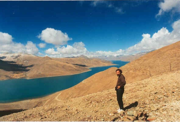 Jeff Garrett At Yamdrok Tso ( Turquoise Lake )