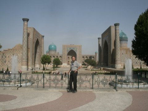 take a tour to uzbekistan